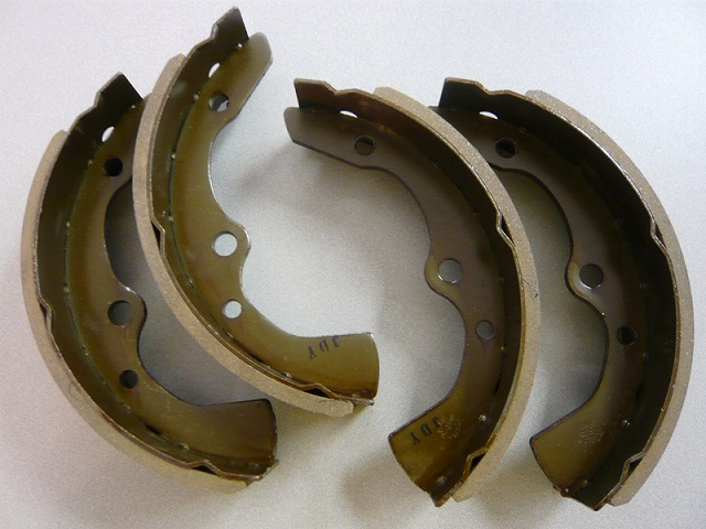 Mazda Bongo - Front Brake Shoe (Set)